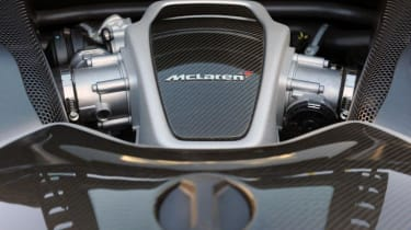 Hennessey McLaren 12C HPE700 engine