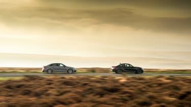 Audi RS 3 vs M2 - profiles