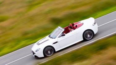 Aston Martin V12 Vantage Roadster side profile