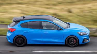Ford Focus ST Edition – pan