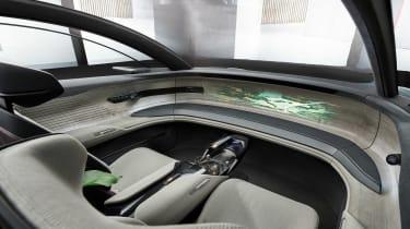 Audi Grand Sphere Concept – dash