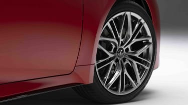 Lexus IS500 F Sport - wheel