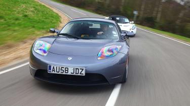 Lotus Elise SC v Tesla Roadster