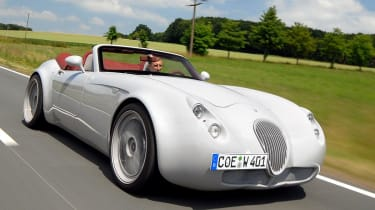 Wiesmann MF4-S front tracking
