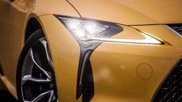 Lexus LC500 – headlight