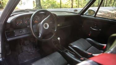 Porsche 911 GT2 - interior