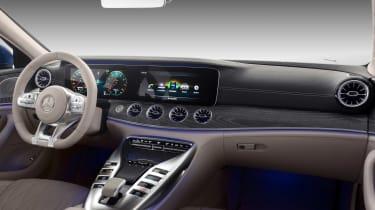 Mercedes-AMG GT 63 S - dash