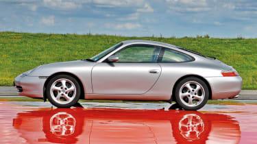 Porsche 996 Carrera (1998-2004)