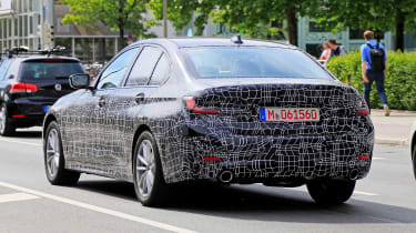 BMW 3-series G20 - rear