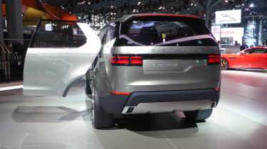 Land Rover Discovery Vision concept New York show rear