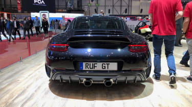 RUG GT - rear