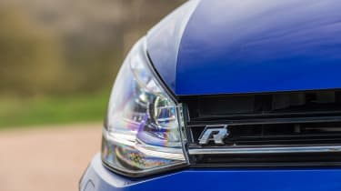 Volkswagen Golf R - headlight