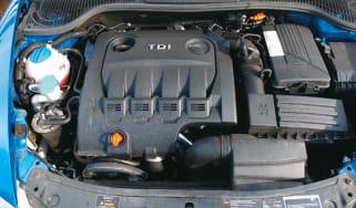 Skoda Octavia 2.0 TDi PD vRS engine