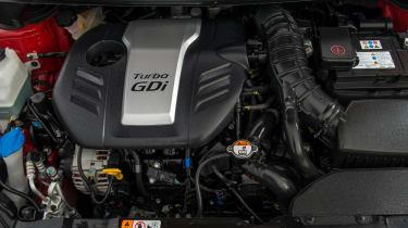 Kia Ceed GT 1.6 turbo engine