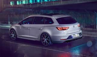 SEAT Leon ST Cupra Carbon Edition - rear