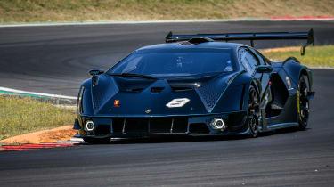 Lamborghini Essenza SCV12 – front cornering 2