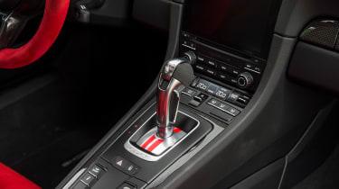 Porsche 911 GT2 RS - 991.2 gear selector