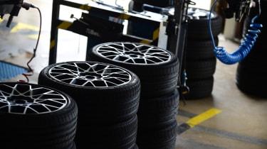 evo 2018 tyre test - tyres