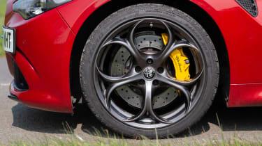 Alfa Romeo Giulia Quadrifoglio wheel