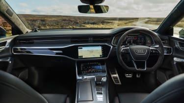 Audi RS7 red - dash