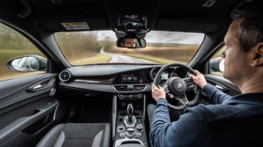 Alfa Romeo Giulia Quadrifoglio review LCI – dash