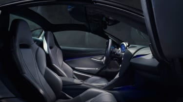 McLaren 720S Spider - interior