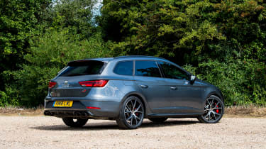 SEAT Leon Cupra ST Carbon Edition - rear static
