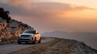 2019 Range Rover Evoque silver - lights