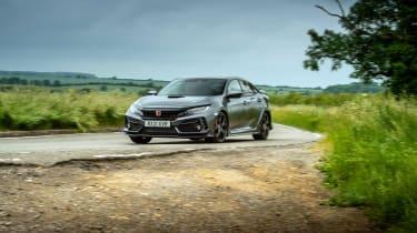 Honda Civic Type R Sport Line – cornering 3