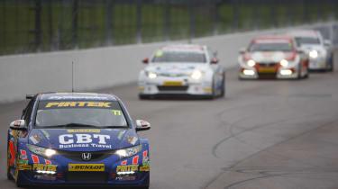 British Touring Cars Rockingham Jordan leads