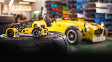Lego Caterham 620R