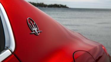 Maserati Ghibli 2016 - red badge