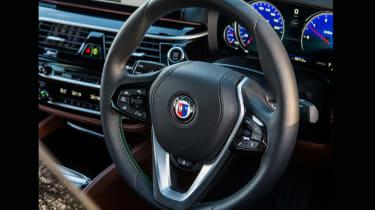 Alpina D5 S – steering wheel