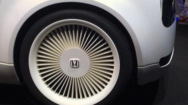 Honda Urban EV Concept live - wheel