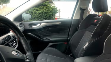 Ford Focus ST spy - seats