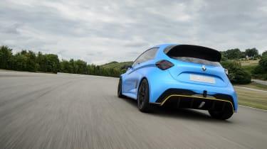 Renault Zoe E-Sport - rear tracking