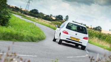 Peugeot 106 Rallye – cornering - rear