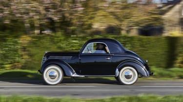 1947 Renault Juvaquatre