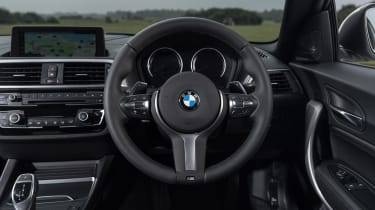 BMW 1-series hatch - dash