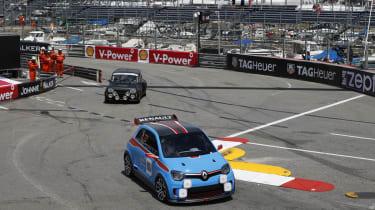 Renault TwinRun races 5 Turbo