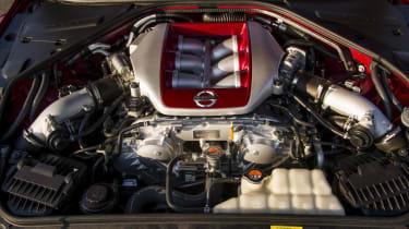 Nissan GT-R 2014 twin-turbo V6 engine