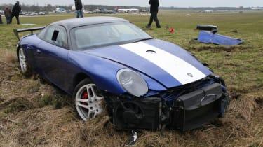 crashed 9ff GT9R front