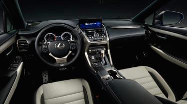 Lexus NX300 - studio interior