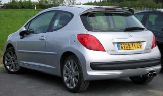 Peugeot 207 spy shot