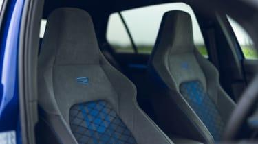 Volkswagen Golf R 2021 review - seats