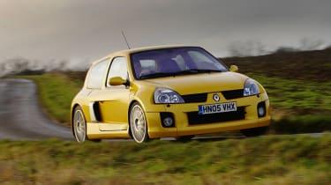 Renault Sport Clio V6 255 Liquid Yellow