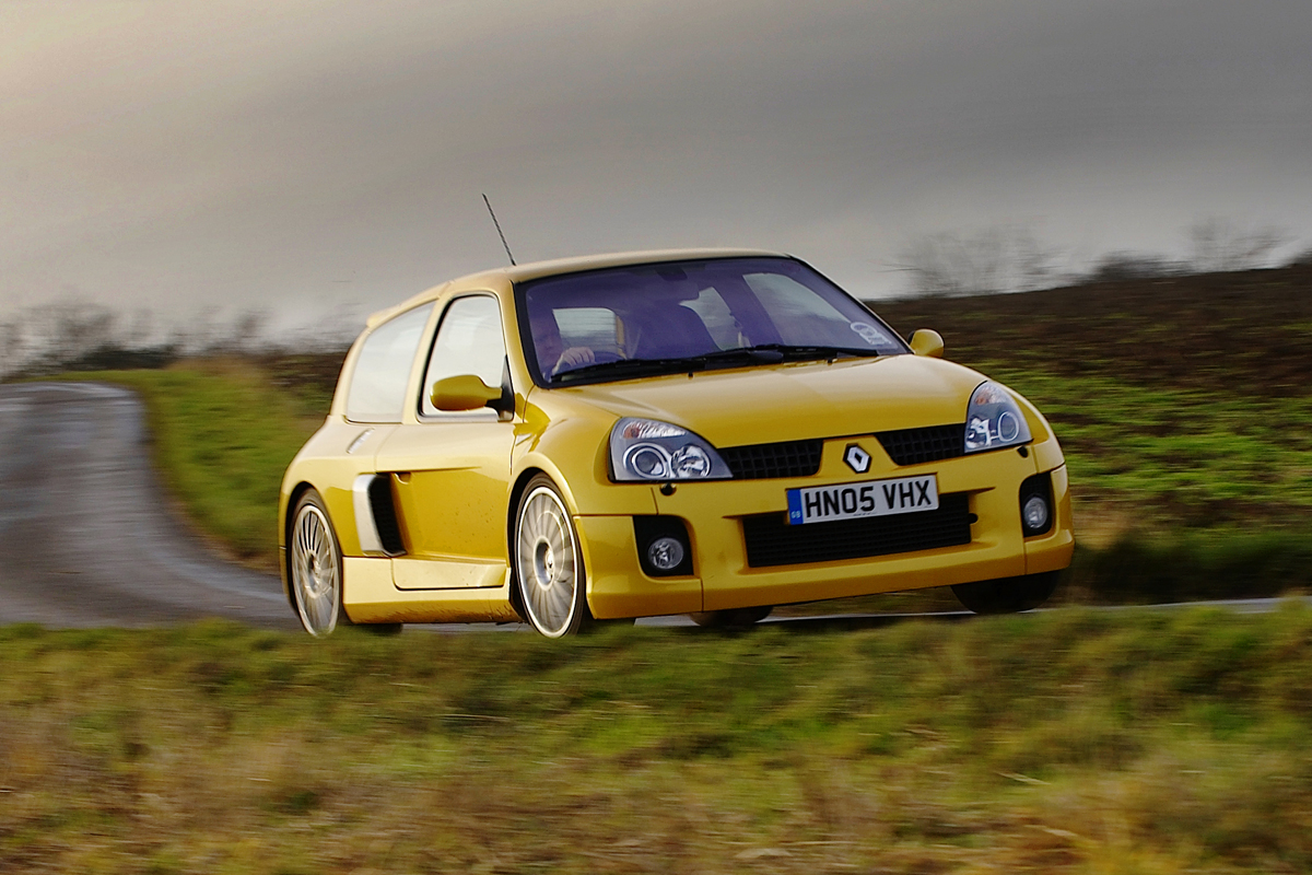 Renault Sport Clio V6 Review History Prices And Specs Evo