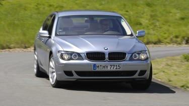 BMW hydrogen 7 driving
