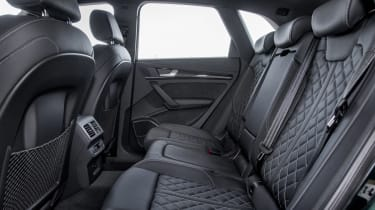 Audi SQ5 TFSI - rear seats