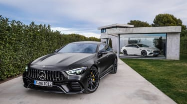 Mercedes-AMG GT 63 S - house 2